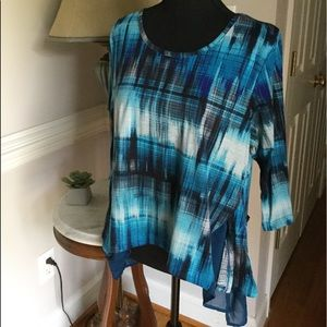 new directions Tops - NWOT Blue and White Shirt